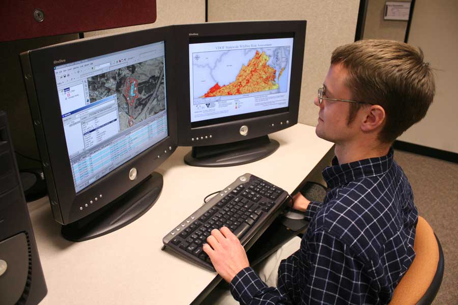 Thomas Dickerson, project associate at CGIT, views hazard data he and his fellow researchers have compiled for the Virginia Standard and Enhanced Hazard Mitigation Plan.