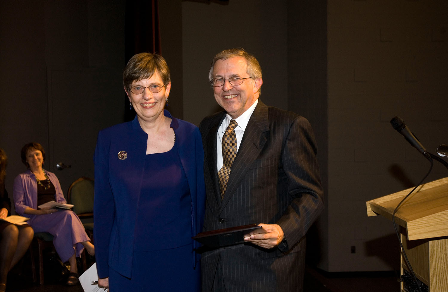 Chair of the Department of English Carolyn Rude (left) and Virginia Tech President Charles W. Steger at the first Steger Award presentations.