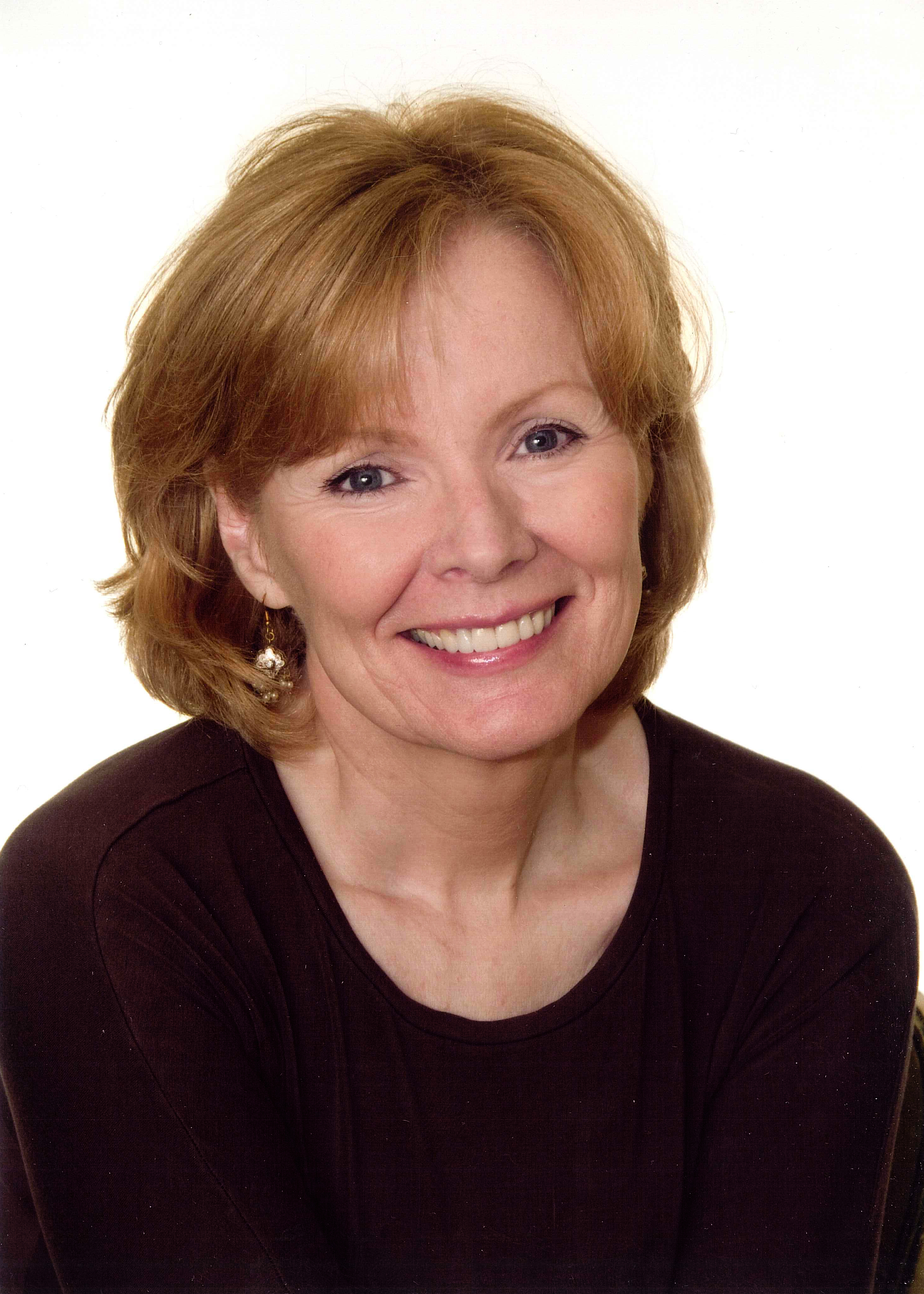 wall street journal columnist peggy noonan to give cutchins distinguished lecture