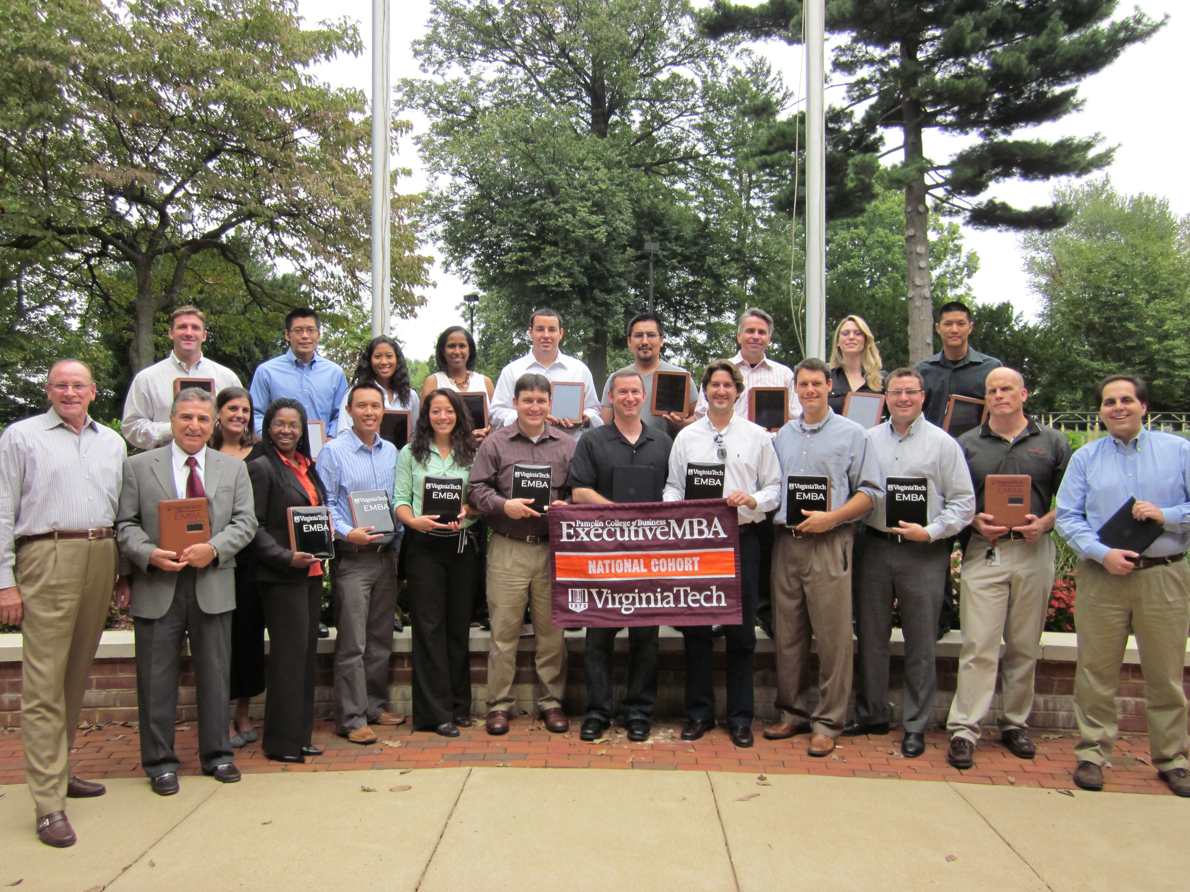 Executive MBA National Cohort with their iPads