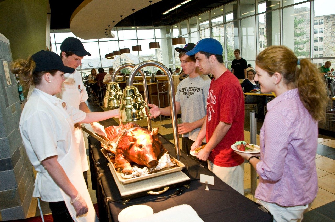 virginia tech dining services receives national honors for