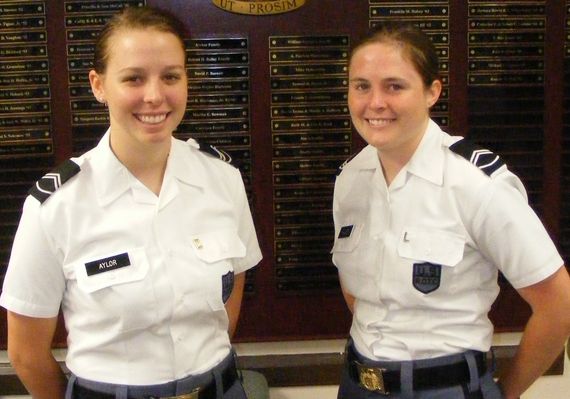Cadets Michelle Aylor and Kirsten Hughes in the Brodie Hall lounge