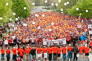 The start of the 3.2-Mile Run in Remembrance in 2012.