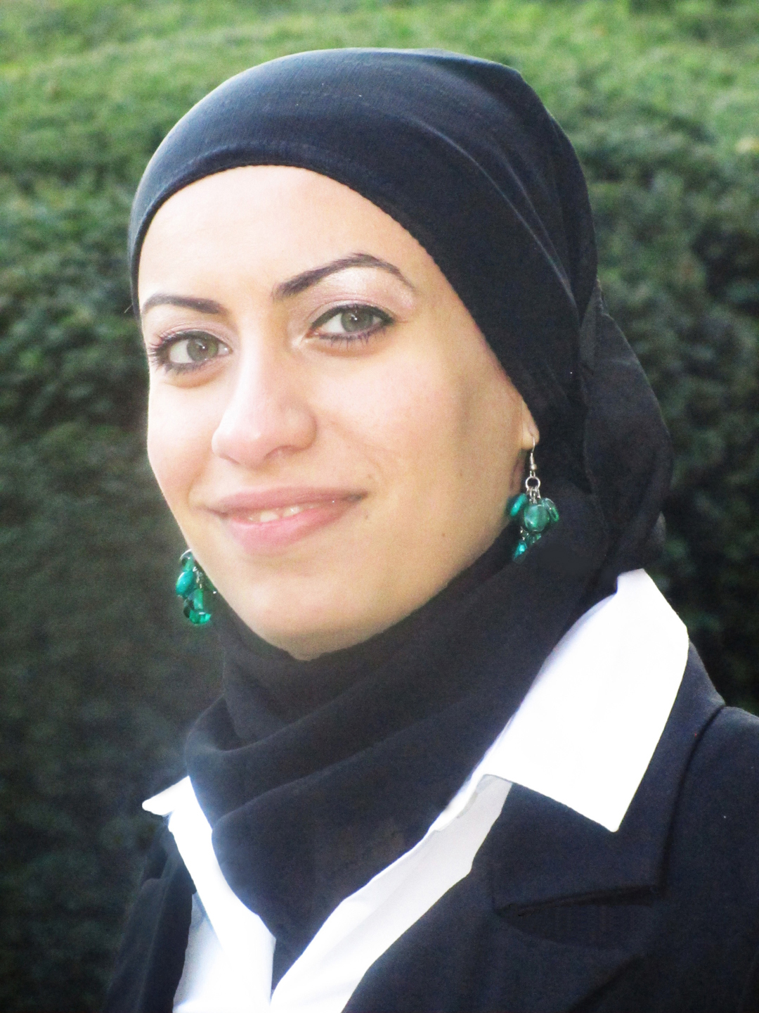 Head shot of Yasmina Raya
