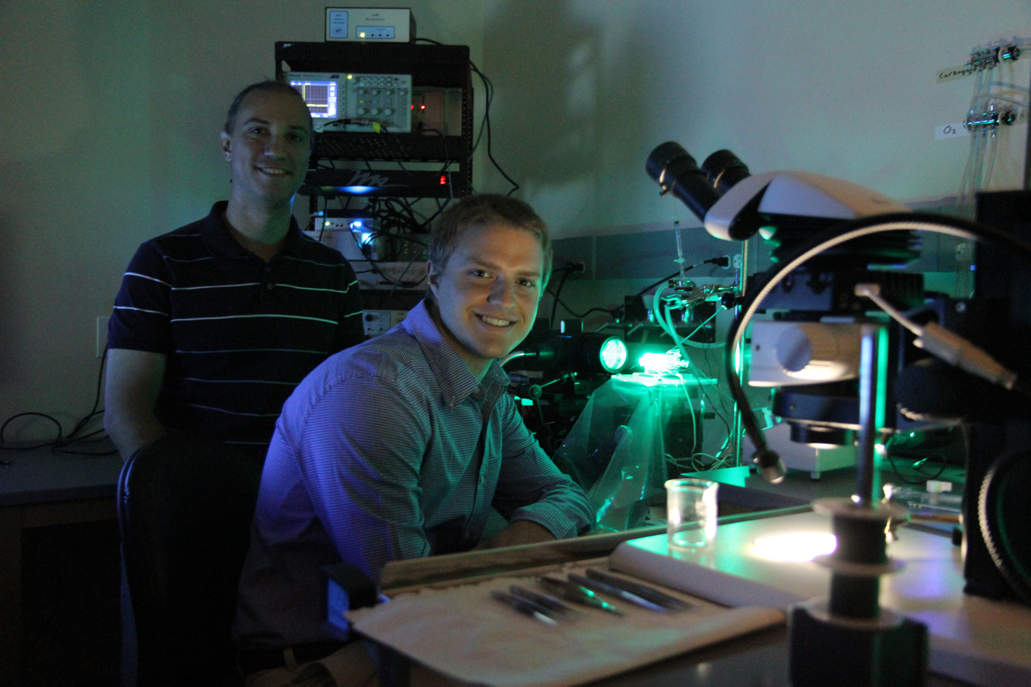 Spencer Lovegrove and Steven Poelzing in a laboratory at the Virginia Tech Carilion Research Institute