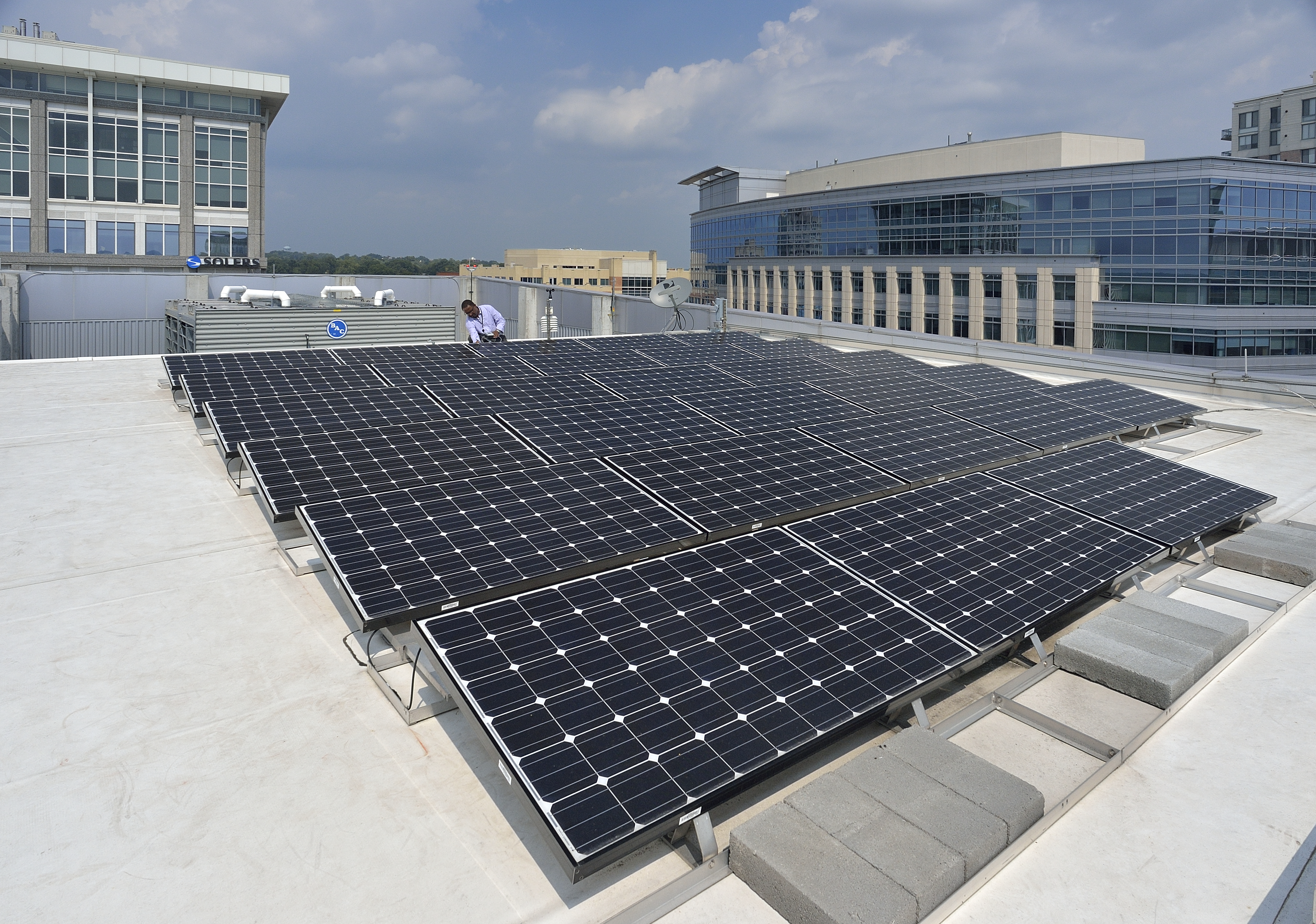 Solar Panel Installation >> Solar Panel Installation At Arlington Research Center Is Laboratory