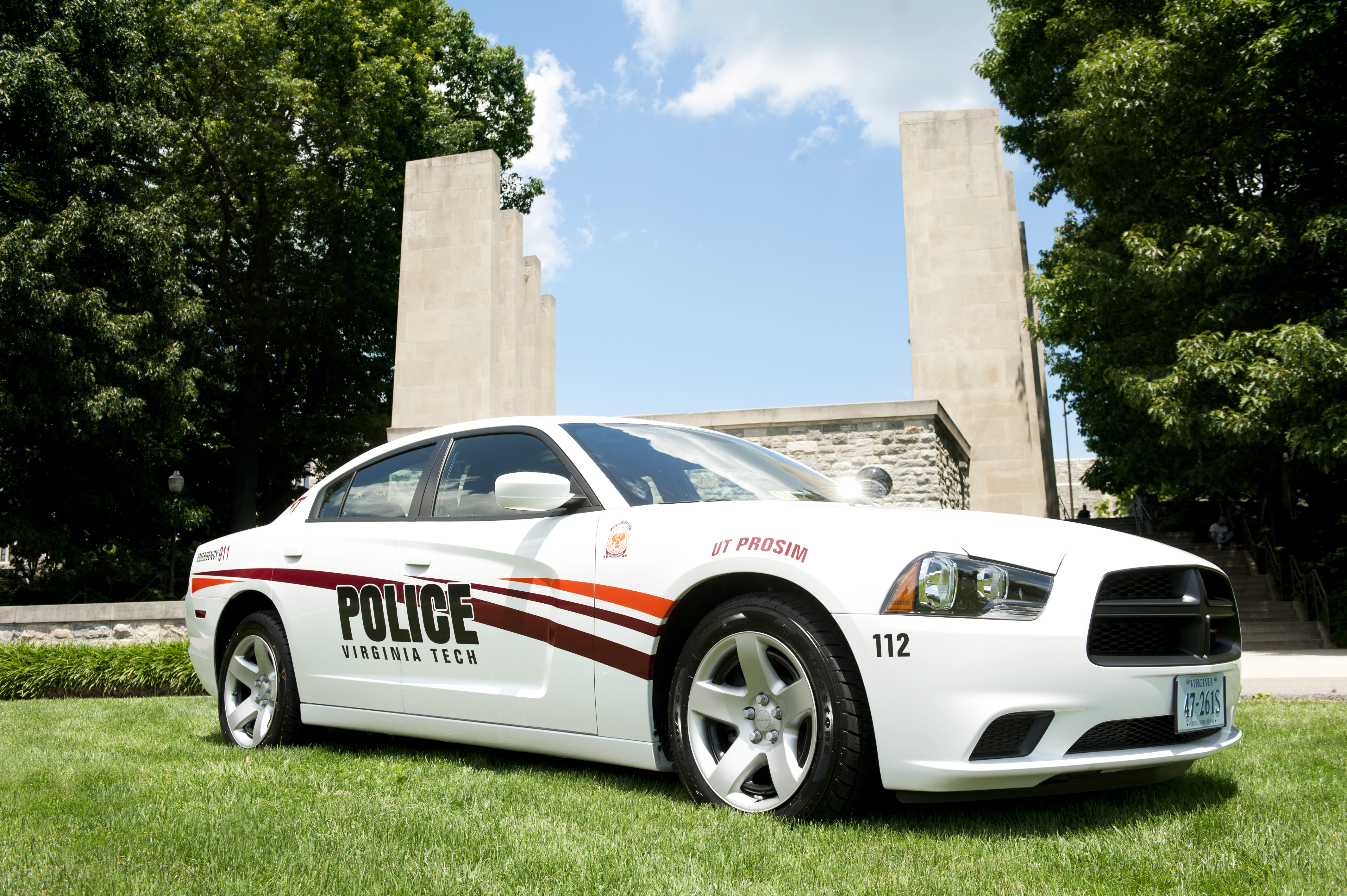 Police car in front of War Memorial Chapel