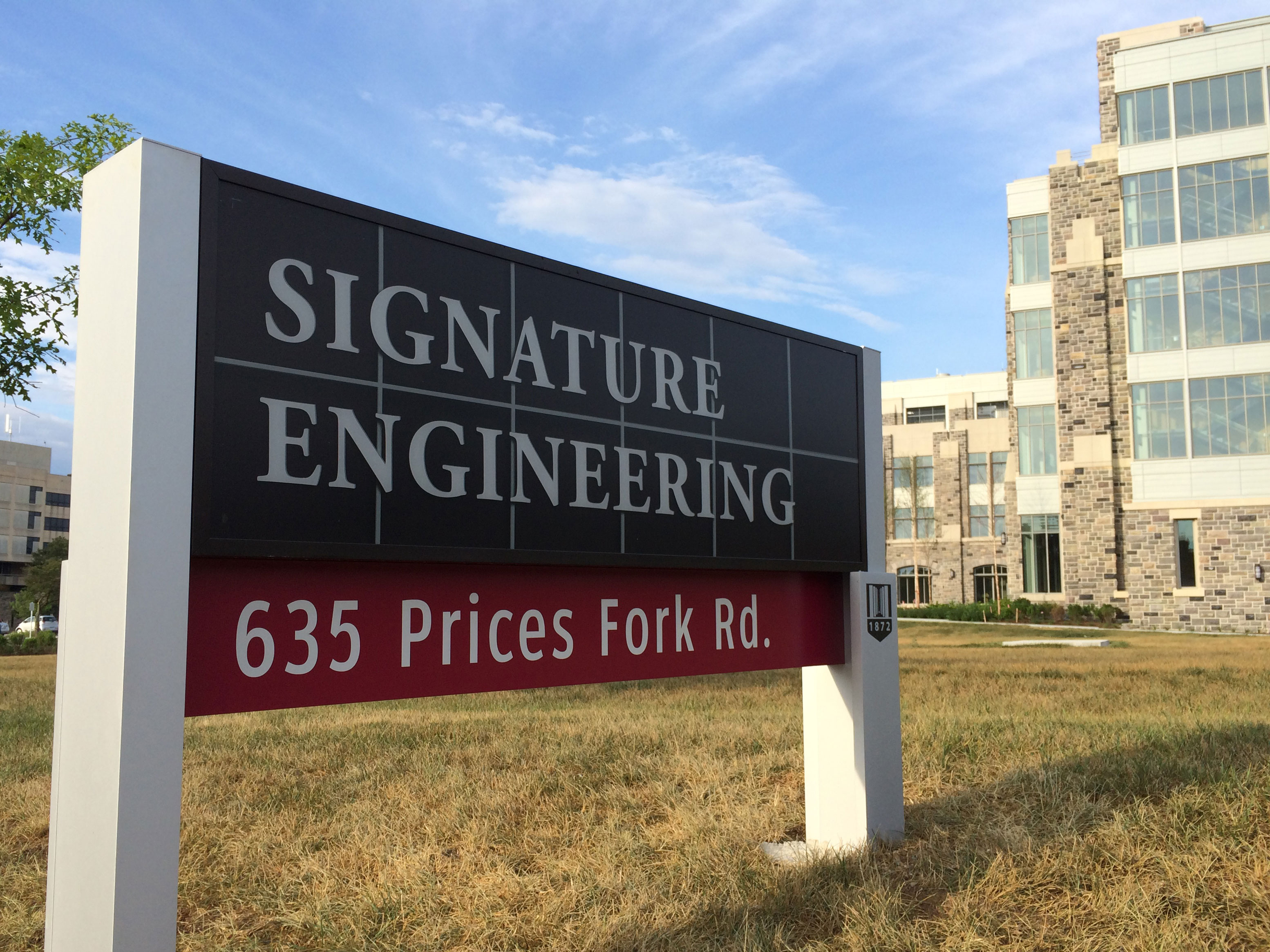 Building Signs - Outdoor Signs | Signarama