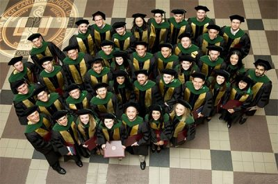 Virginia Tech Carilion School of Medicine's first graduating class