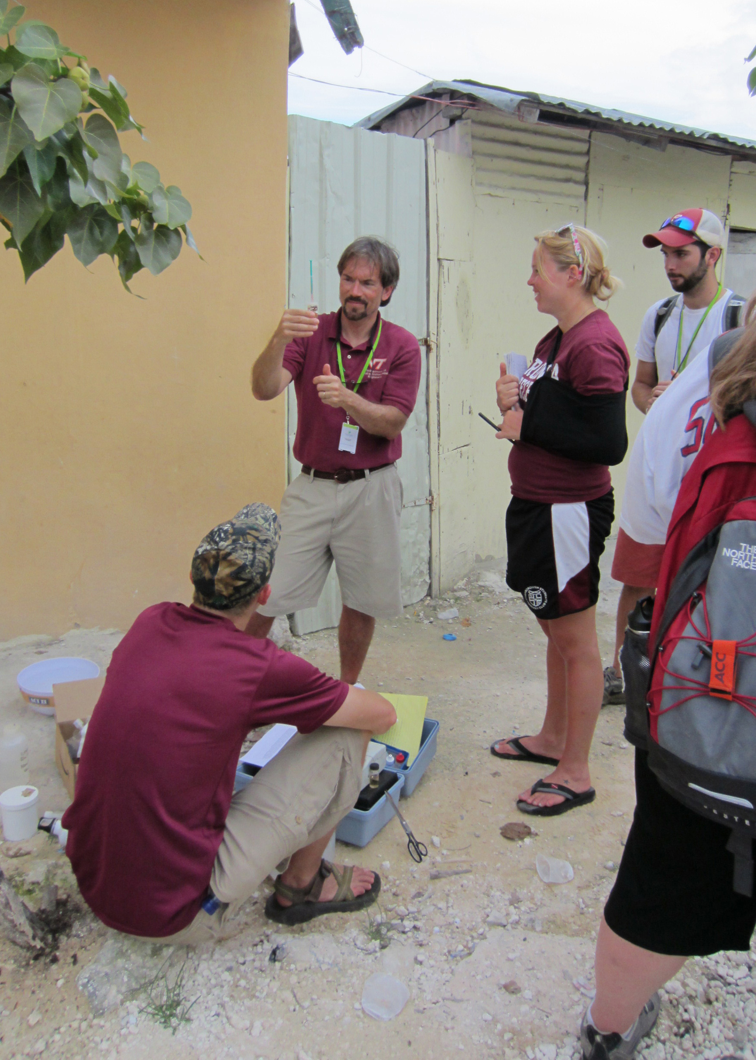 Mark Widdowson tests water with students in Punta Cana