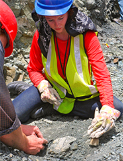 Caitlin Colleary, a doctoral student of geosciences in the College of Science at Virginia Tech, says the original colors of ancient animals can be determined through fossils. Photo by Cristina Robins/Panama Canal Project–PIRE.