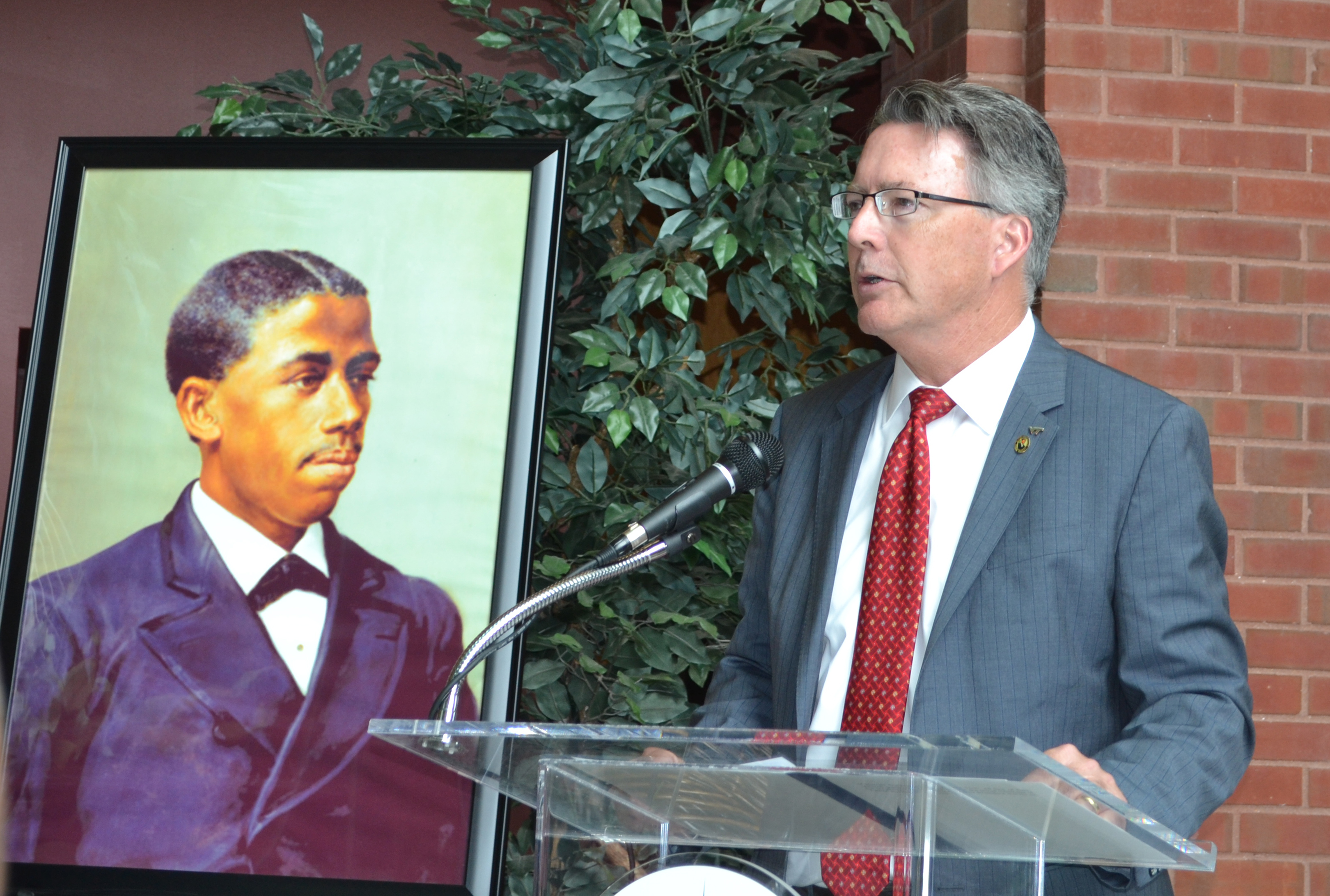 President Tim Sands delivers keynote address at Howard University's Bouchet Forum