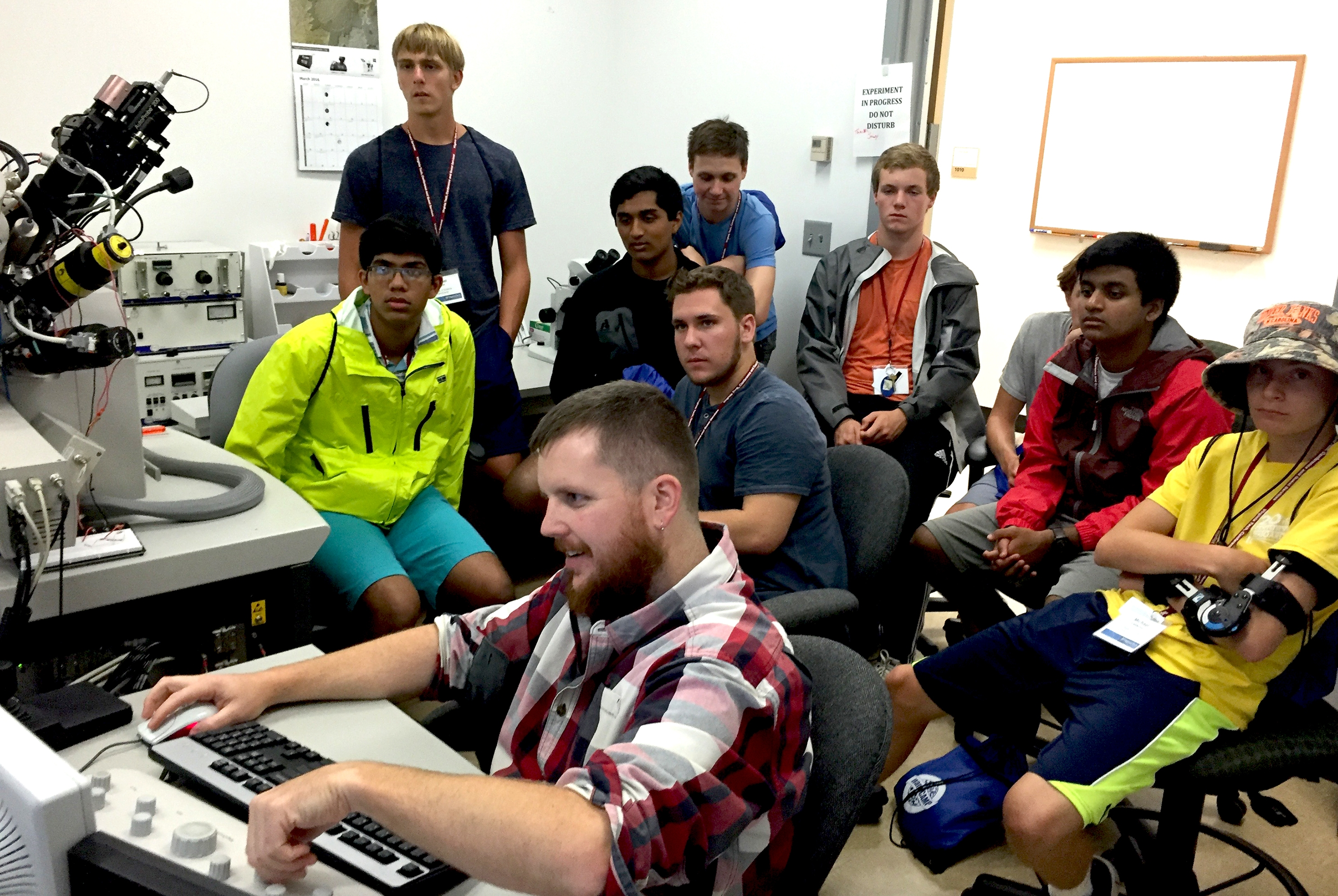 College Of Science Hosting Fifth Annual Nanocamp For High Schoolers Virginia Tech Daily Virginia Tech