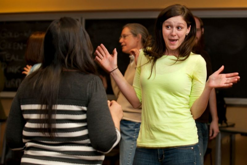 Tashauna Blankenship, a graduate student in psychology in the Virginia Tech College of Science, practices improvisational techniques in a graduate course on communicating science.