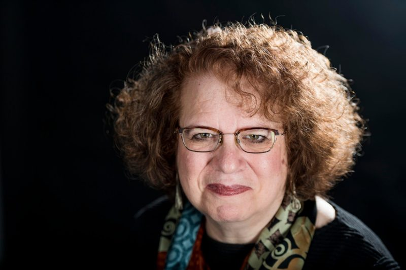 image of author and Washington Post reporter Amy Goldstein