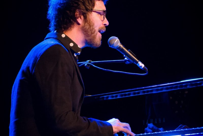 Ben Folds plays piano