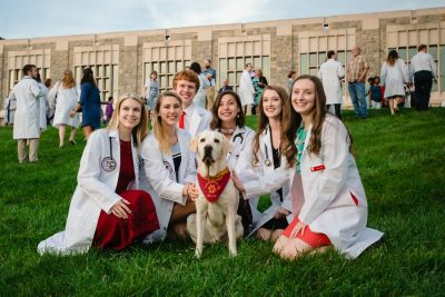 DVM Students and Therapy Dog Moose