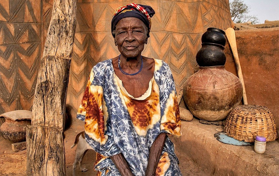 A woman in west Africa photographed by alumni Steven and Cathi House