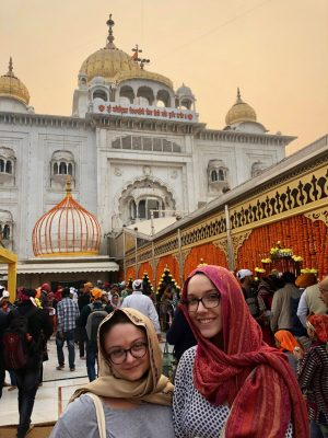 Students on the India and Social Justice study abroad program.