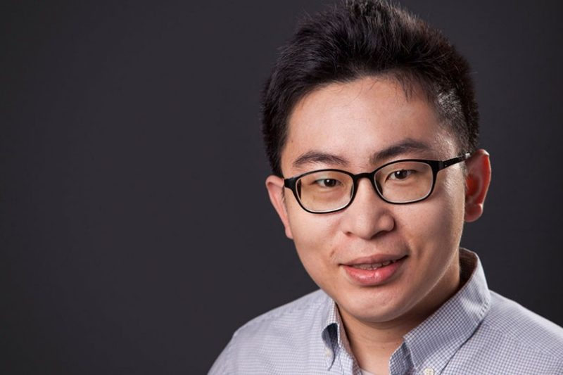 head shot of Jia-Bin Huang
